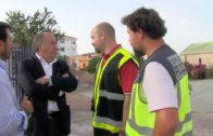 Landaluce visita el Pabellón Andrés Mateo donde hay alojados 357 inmigrantes