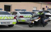 La Policía Local denuncia al propietario de una carnicería por depositar desechos en la vía pública