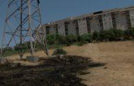 Los Bomberos extinguen un incendio menor de vegetación y pastos en San Bernabé