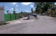 Los trabajos de limpieza y desbroce en el entorno de la pasarela peatonal de Pelayo han concluido