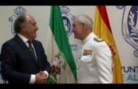 El alcalde recibe al almirante jefe del Estado Mayor de la Armada