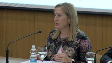 """Ana Pastor clausura la primera jornada del I Congreso de Emprendimiento """"Mujeres Emprendedoras"""""""