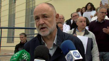 Concentración de apoyo al pediatra agredido en el centro de salud de Algeciras Norte