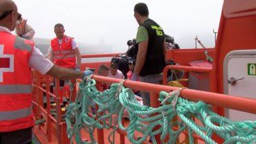 Hallado en la playa de Marisucia el vigésimo cadáver de la patera naufragada en Los Caños