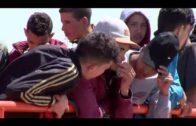 Agentes de la Guardia Civil rescatan a cinco menores magrebíes en aguas del Estrecho