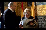 APYMEAL entrega sus galardones a «Arreglos Angelita» y a Francisco Gutiérrez
