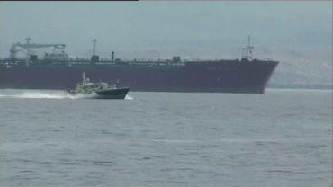 Robles insiste en que el buque 'Tornado' de la Armada actuó dentro de aguas españolas