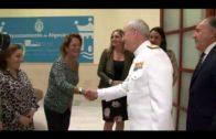 El almirante general jefe del Estado Mayor de la Armada recibe al alcalde