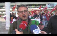 Nueva concentración de los trabajadores de la cadena de supermercados DIA  en defensa de sus empleos