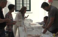 Correos amplía el horario de sus oficinas para gestionar el voto por correo hasta mañana