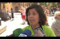 Victoria Kent celebra una concentración silenciosa en la Plaza Alta