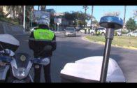"""La Policía Local inmoviliza un """"taxi pirata"""" que hacía un viaje de ida y vuelta desde Málaga"""