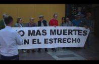 Pro Derechos Humanos y Algeciras Acoge se concentran en la Plaza Alta