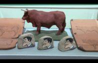 Abre al público una exposición de cerámica de temática taurina, obra de Carmen Sánchez