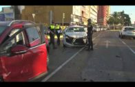 Dos vehículos colisionan en la avenida de la Marina y hay al menos un herido