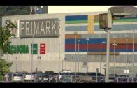 Desalojan el centro comercial por un incendio en un transformador