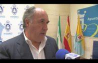 El alcalde anuncia una reunión el martes próximo con Costas para abordar el problema de las algas