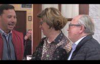 Miembros de la Asociación de Vecinos de la Yesera se reúnen con representantes municipales