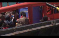 Salvamento Marítimo rescata a 219 migrantes en aguas del  estrecho