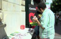 Colectivos LGTBI organizan una mesa informativa para prevenir el VIH