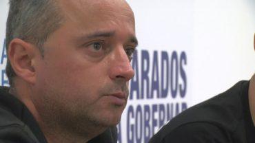 El candidato al Senado del PP por Cádiz atiende las reivindicaciones de funcionarios de prisiones