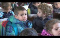 Alumnos de la Escuela Infantil El Faro visitan el Salón de Plenos del Ayuntamiento