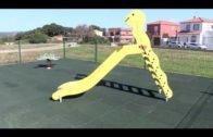 El Ayuntamiento renovará los juegos y el pavimento de caucho de varios parques infantiles