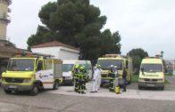 Bomberos desinfectan Marchenilla y el centro de mayores de San José Artesano