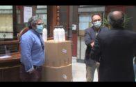 La empresa Amspec dona gel antiséptico al Ayuntamiento
