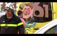 Un hombre sufre una caída desde un andamio de dos metros de altura, cuando trabajaba