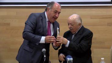 El alcalde y el PSOE manifiestan su pesar por el fallecimiento del profesor Ricardo Silva