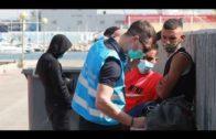 Rescatada una embarcación con tres migrantes a bordo a dos millas de Algeciras