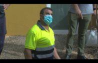Ruiz supervisa las obras de mantenimiento que el Ayuntamiento ejecuta en el colegio de Los Pastores