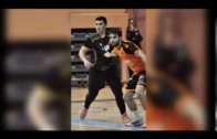Curro Casal juega sus primeros minutos en la derrota del Ciudad de Algeciras en Benalmádena
