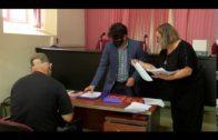 Sergio Pelayo informa a los castañeros del protocolo de prevención de la covid-19
