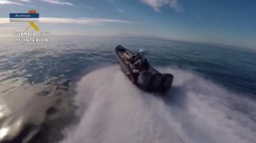 Detenidas 4 personas e intervenidas 3 embarcaciones semirrígidas en las costas de la Comarca