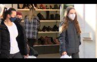 Andalucía roza los 1.000 casos,  suma 35 muertes y la tasa de incidencia baja a 122