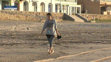 Propuesta de Sanidad a no obligar a usar la mascarilla en playas y piscinas, salvo en los paseos