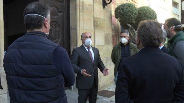 Junta empieza a vacunar este viernes a 2.000 estibadores en Algeciras para prevenir la cepa India