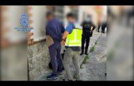 La Policía interviene 3.775 litros de combustible y 3.500 cajetillas de contrabando