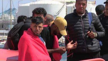 Rescatados 61 inmigrantes en aguas del Estrecho