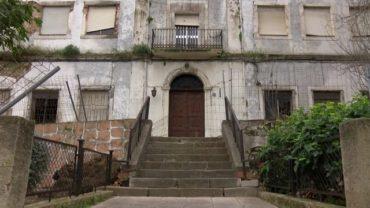El PSOE reclama que se actúe sobre las humedades de la capilla del antiguo asilo de San José