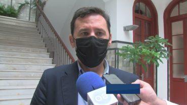 Rodríguez Ros valora  la desconvocatoria de la huelga de autobuses